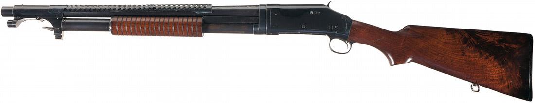 Подвижное цевьё на ружье Winchester Model 1897