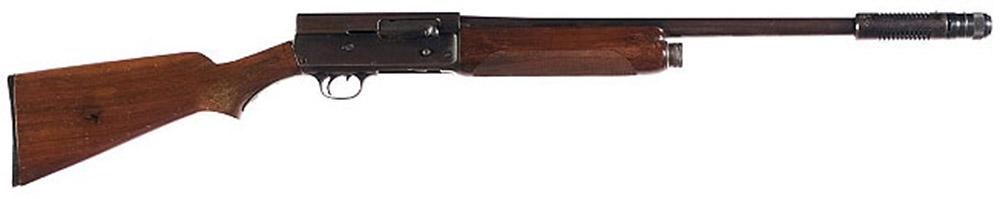 Remington Model 11 с дульным компенсатором системы Каттса (Cutts), использовавшееся для первоначального обучения бортстрелков ВВС США в годы Второй мировой войны