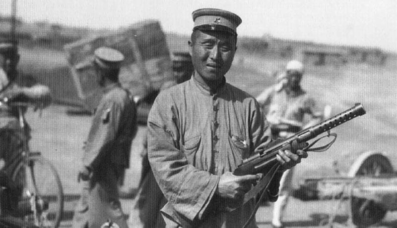 Китайский солдат с MP 28.II