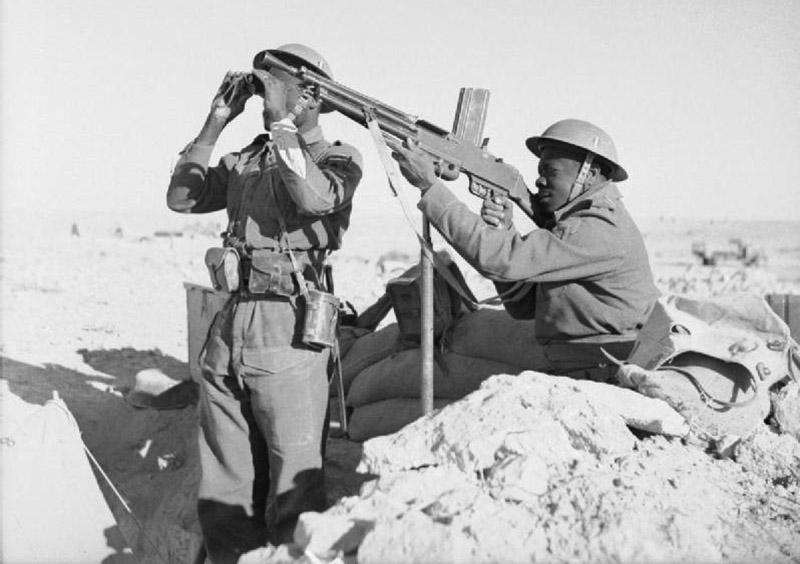 Колониальные части «Свободными французскими сил» в северной Африке