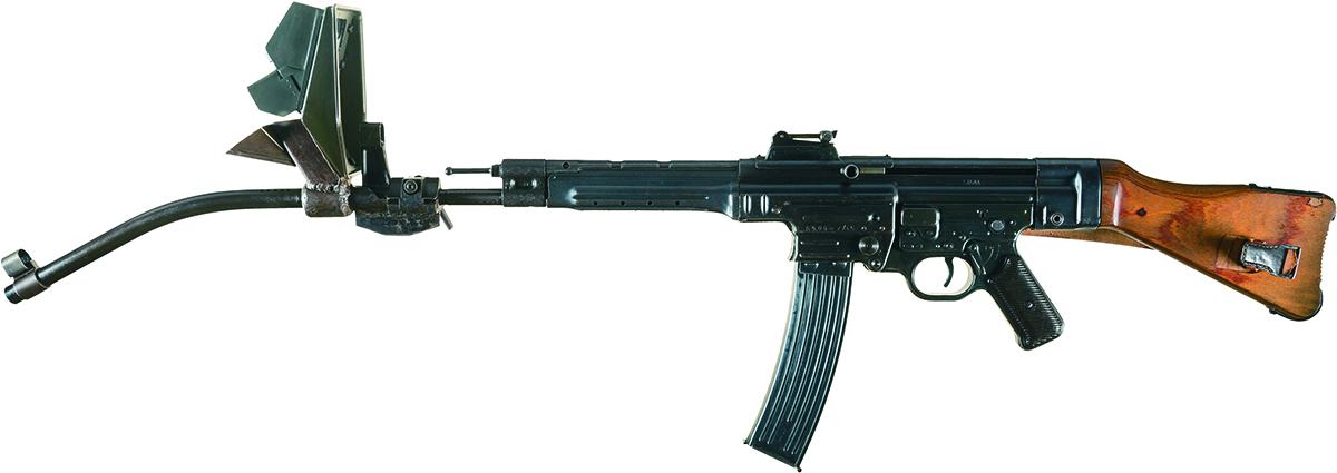 MP 44 с кривоствольной насадкой Krummlauf Vorsatz J