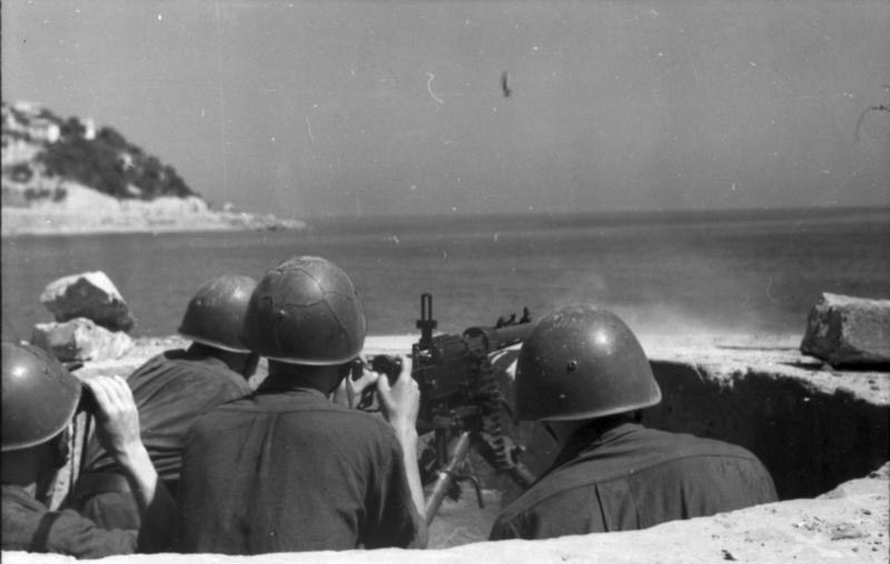 Итальянский расчет пулемёта Fiat-Revelli Мod. 14/35 на позиции