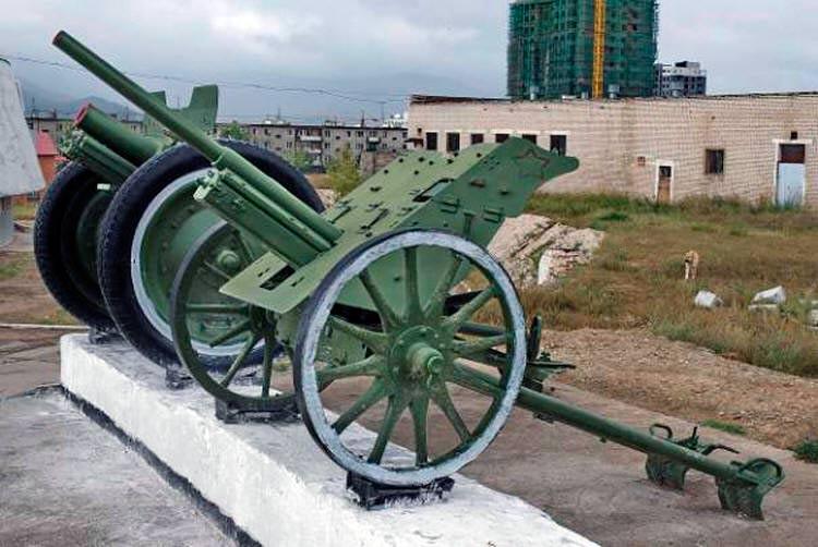 37-мм <a href='https://arsenal-info.ru/b/book/1671492103/2' target='_self'>противотанковая пушка</a> образца 1930 г. (1-К)