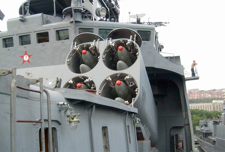 Ракеты 85РУ комплекса УРК-5 «Раструб» в боевом положении