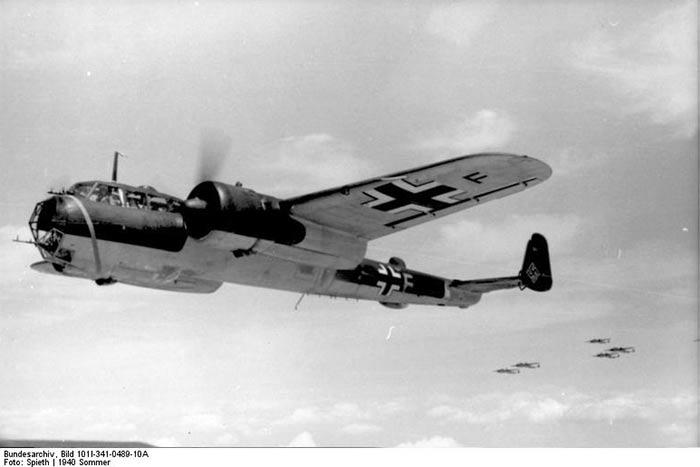 Средний бомбардировщик Дорнье 17