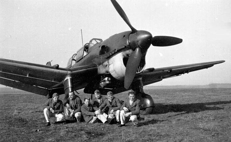 Пикирующий бомбардировщик Юнкерс Ju.87 'Штука'