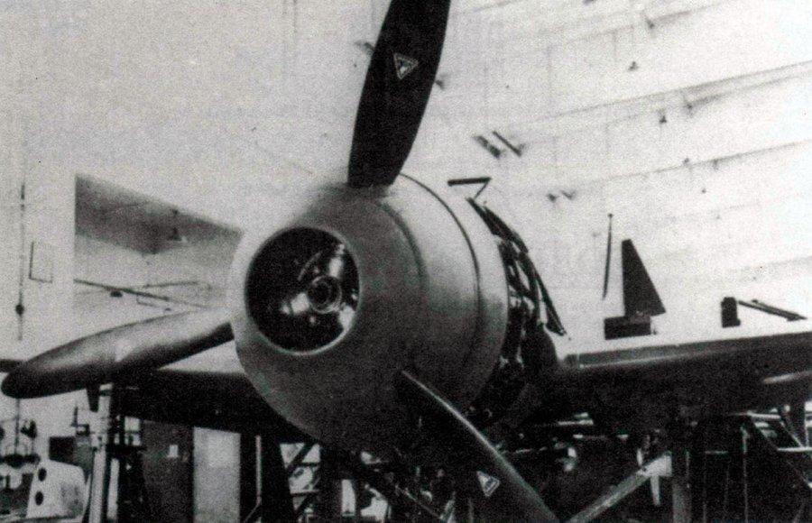Кок винта прототипа FW-190 - опять же легко заметить сходство с «Мессершмиттом-109»