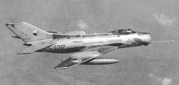 МиГ-19 в небе