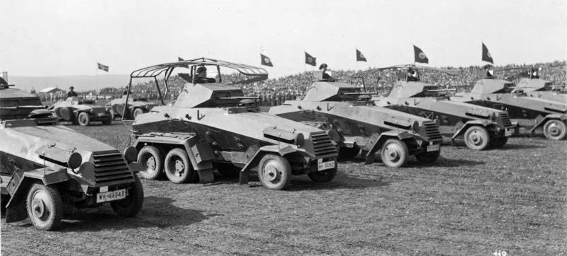 Броневики kfs-231 и командирская машина kfs-232