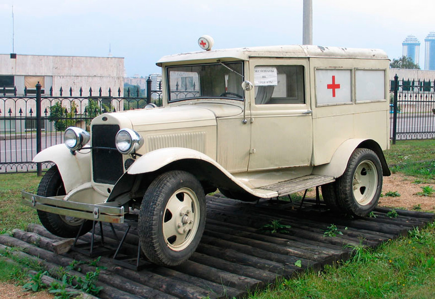 ГАЗ-55 - санитарный автомобиль на базе полуторки ГАЗ-АА