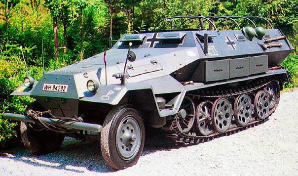 Бронетранспортер «Hanomag» («Ганомаг») Sd.Kfz.251