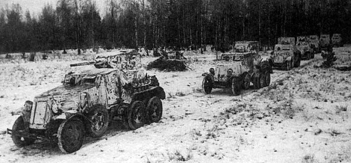 Колонна бронеавтомобилей БА-10