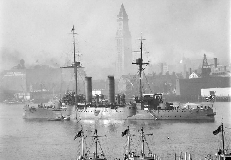 Японский крейсер «Асама» с визитом вежливости в Бостоне, США. Послевоенный снимок (1917 или 1927 г.)