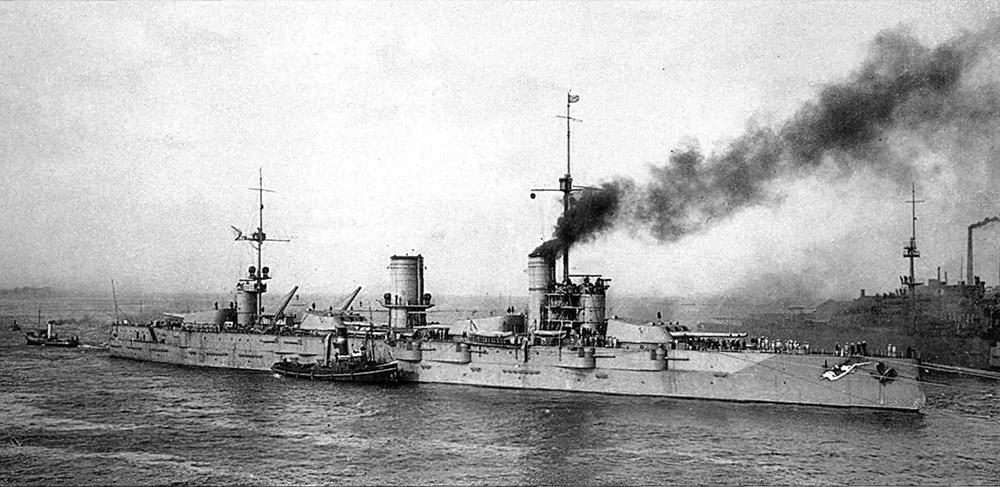 Линкор Севастополь, черное море