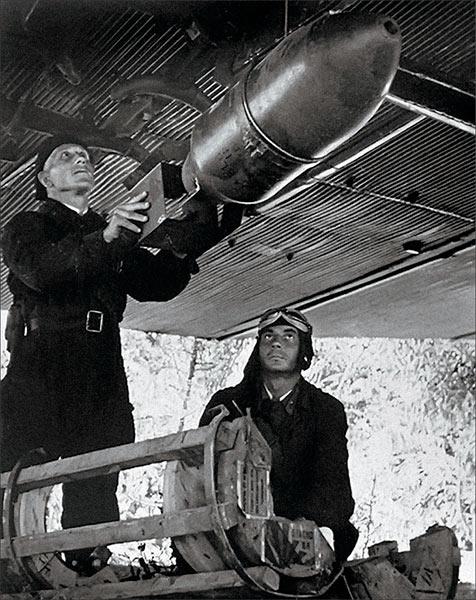 100 кг зажигательные авиабомбы ЗАРП-100 и ЗАБ-100ЦК