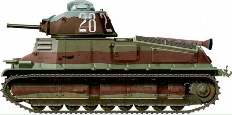 Кавалерийский танк SOMUA S-35, вид сбоку