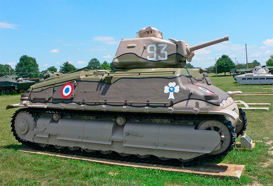 Танк S-35 в одном из музеев