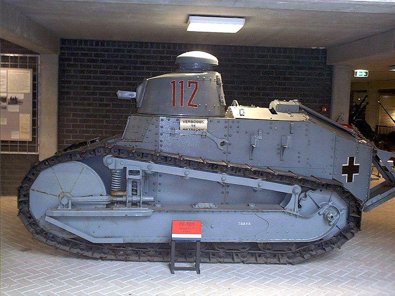 'Оригинальный' танк Renault FT-17