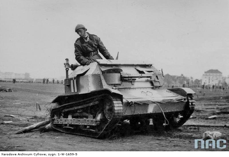 Чтобы было понятно почему TK-3 это действительно «малый» танк