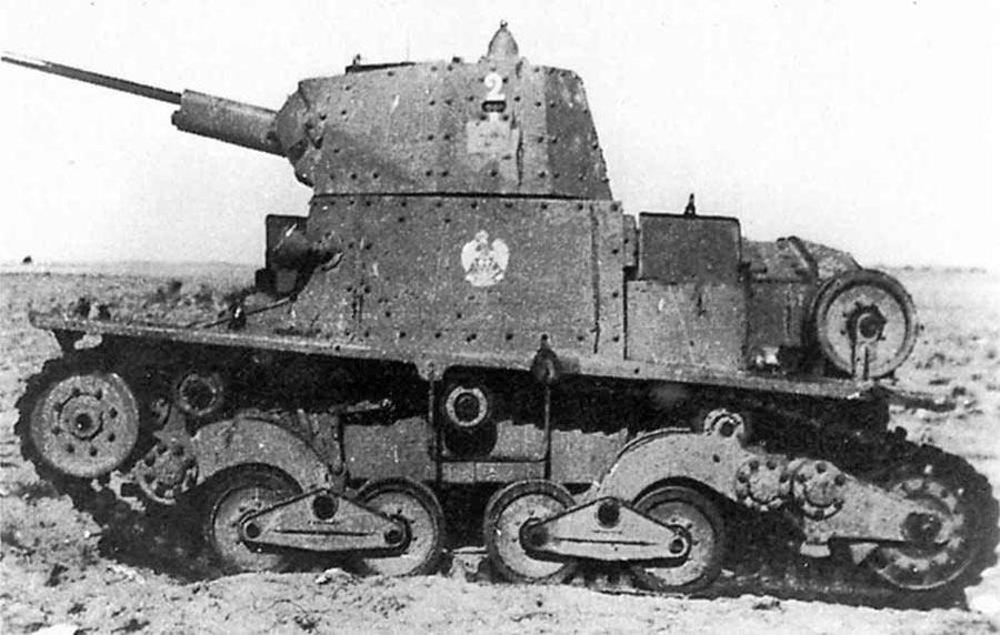 Легкий танк L6/40, вид сбоку