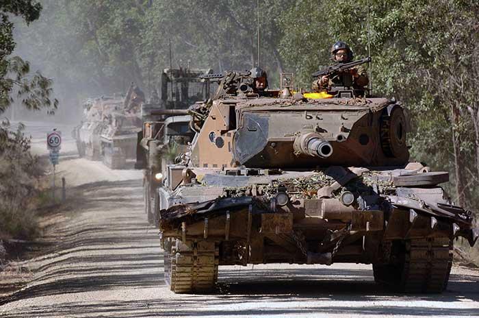 Австралийские Леопарды AS1