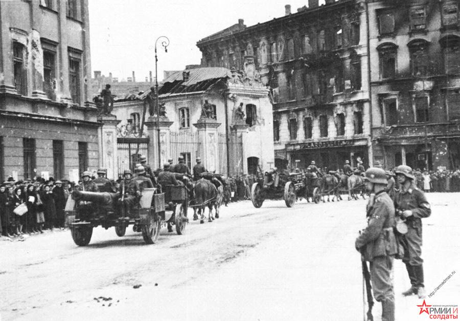 Немецкие войска входят в Варшаву, 27 сентября 1939 г