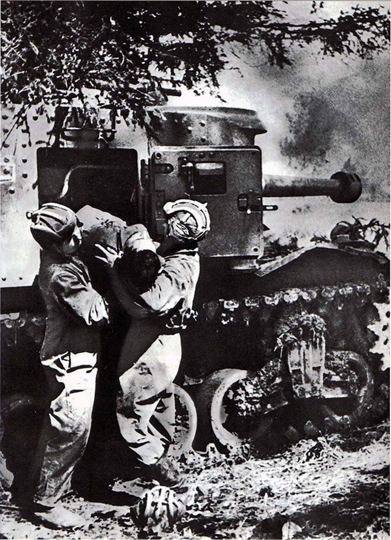 Танкисты на Курской дуге