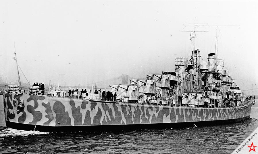 Легкий крейсер «Джуно» в Нью Йорке, 11 февраля 1942 г. Спустя полгода, 11 ноября 1942 г. в ходе сражения за Гуадалканал, «Джуно» будет потоплен японской подводной лодкой