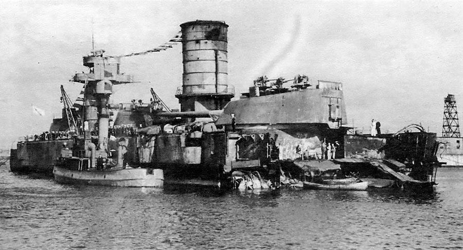 23 сентября 1941 года во время авианалета немецких бомбардировщиков Ju-87, в Кронштадте был тяжело поврежден советский линкор «Марат».