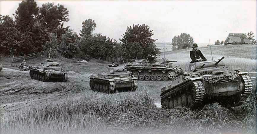 1941 год, первая немецкая <a href='https://arsenal-info.ru/b/book/4274175115/12' target='_self'>танковая группа</a> фон Клейста