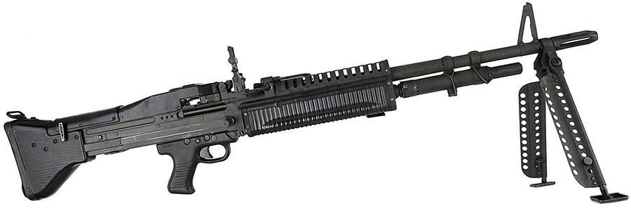 Американский браунинг М60 - родство пулемета с немецкой автоматической винтовкой FG-42 заметно и внешне