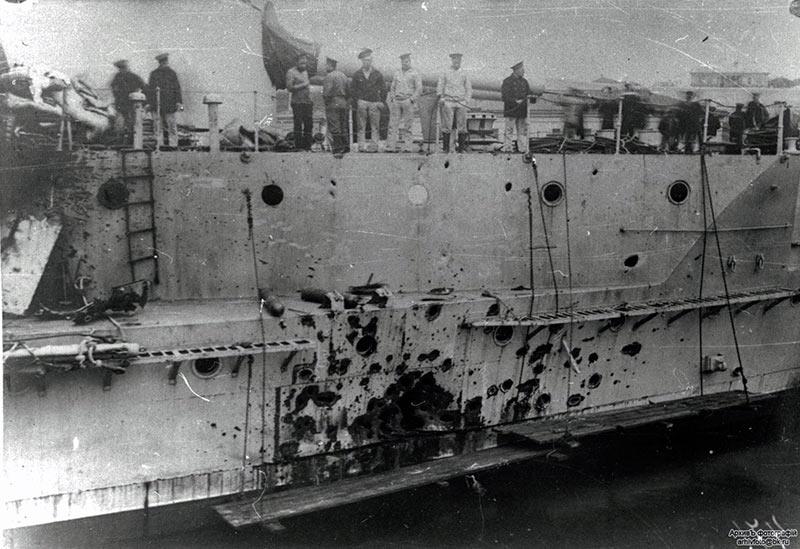 Повреждения броненосца 'Евстафий'