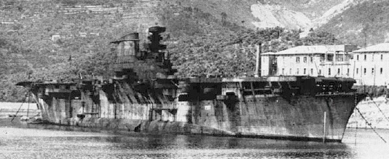 Авианосцы - то, чего Италии чрезвычайно не хватало.