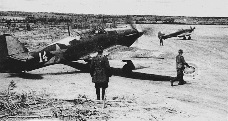 Советские истребители ПВО Северного флота - «Хоукер Харрикейн» английского производства
