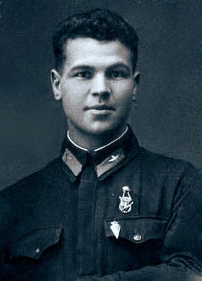 Дмитрий Андреевич Реутов, летчик-истребитель с Северного Флота.