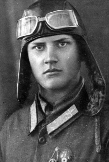 Сорокин Захар Артемович, летчик Северного Флота в годы Великой Отечественной войны, Герой СССР