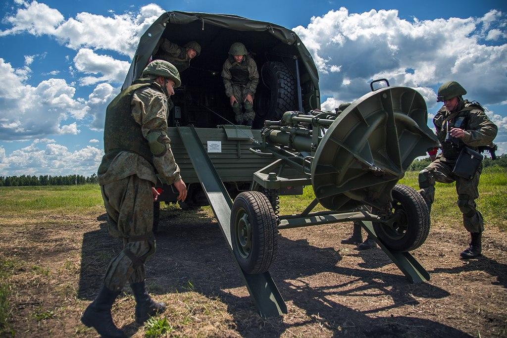 120-мм миномет 2Б11 и минометный комплекс 2С12 Сани