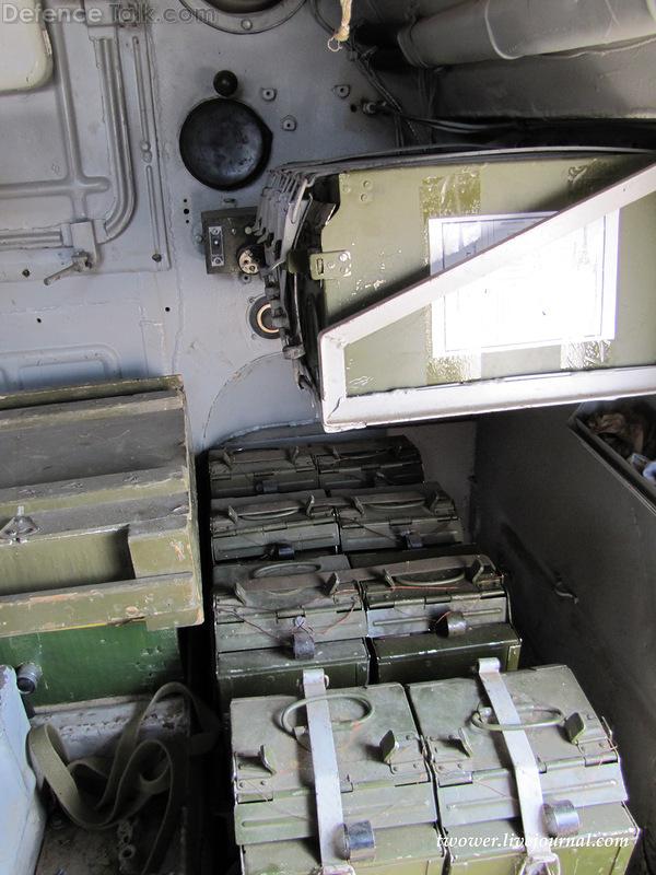 Внутри БРДМ-2
