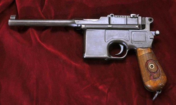 Пистолет Маузер К96 «Red Nine»