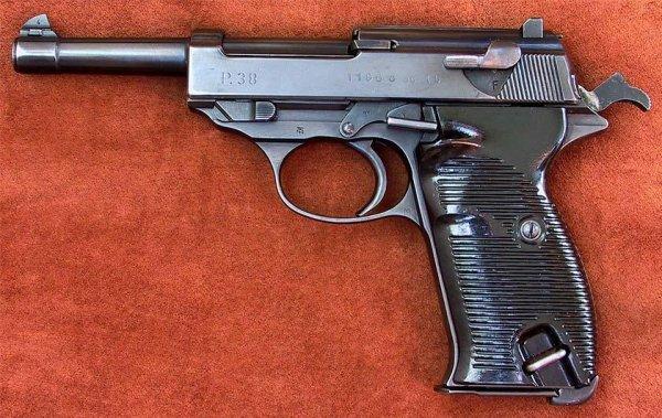 Пистолет Walther P.38 с обозначением «ac 45»
