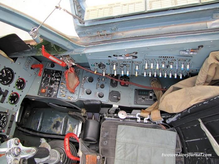Кабина Су-25СМ