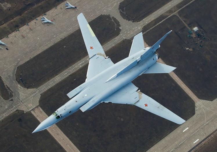 Ту-22М - средний ракетоносца-бомбардировщика
