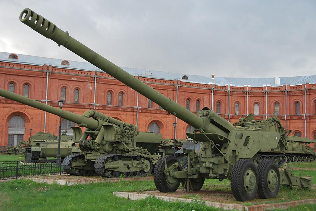 2А36 «Гиацинт-Б» - буксируемая пушка 152-мм