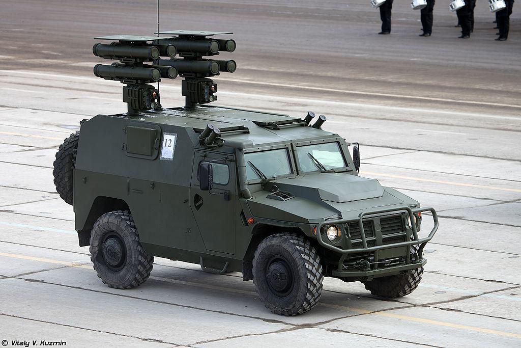 ВПК-233116 <a href='https://arsenal-info.ru/pub/art/789' target='_self'>противотанковым ракетным комплексом</a> Корнет-Д