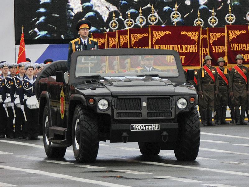ГАЗ-СП46 на военном параде в Санкт-Петербурге.