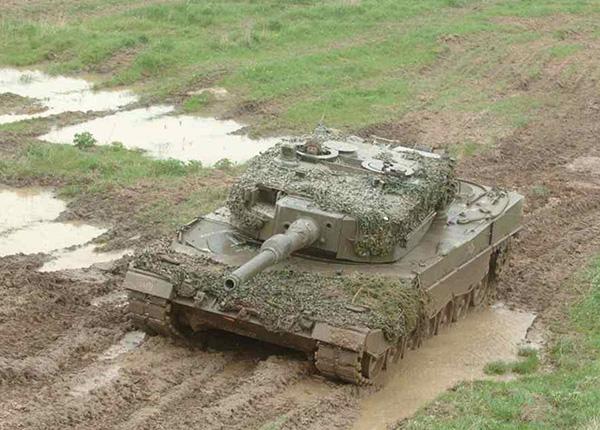 Леопард 2 А1 (1982 - 1984 гг.)
