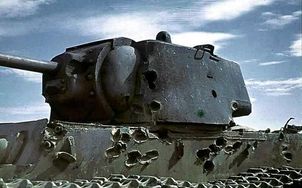В начале В.О.В подбить КВ-1 не могла ни одна противотанковая немецкая пушка