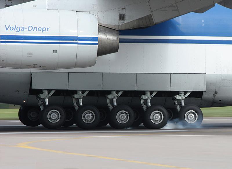 Шасси Ан-124 Руслан