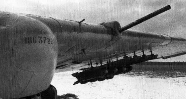 Пушка ВЯ-23 и ПУ РС-82 на Ил-2