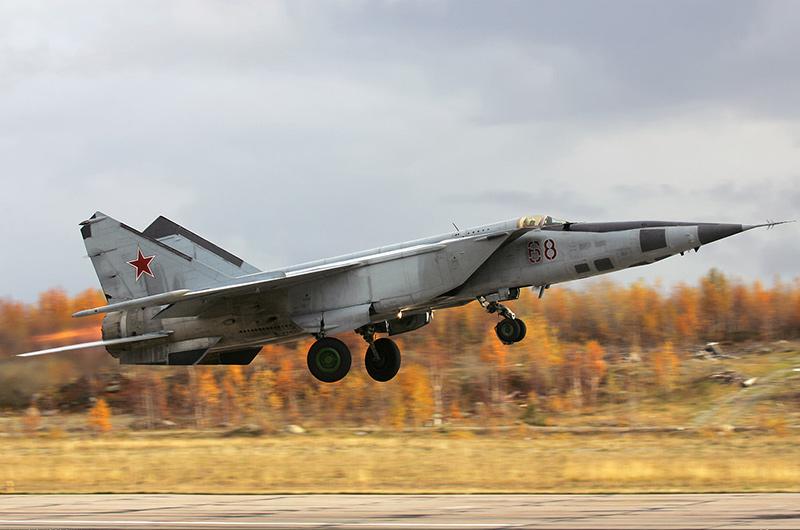 МиГ-25РБ